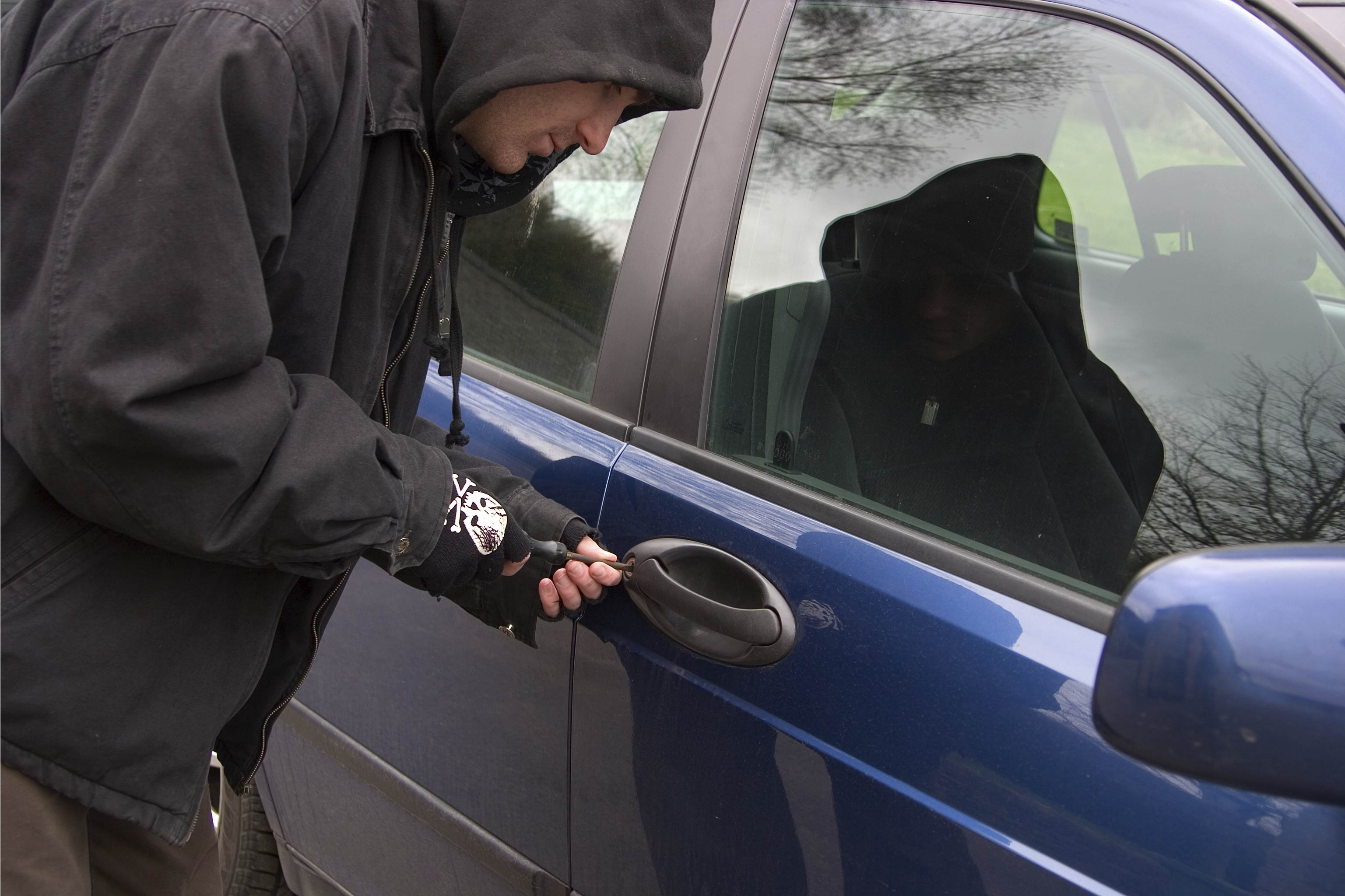 Does Auto Insurance Cover Theft of Personal Property in a Vehicle?