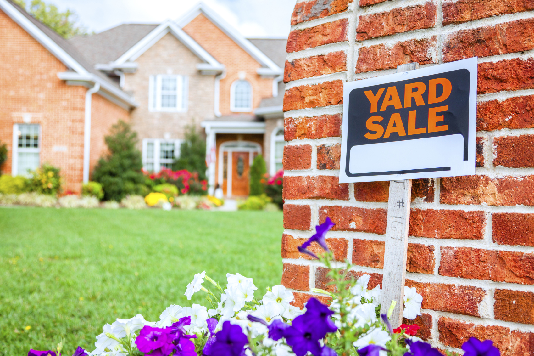 Yard Sales Can Be Fun and Profitable, but Make Sure You Have ...